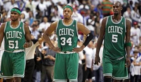 Keyon Dooling, Paul Pierce, and Kevin Garnett, left to right, ended up losers in Game 4 in Philadelphia.